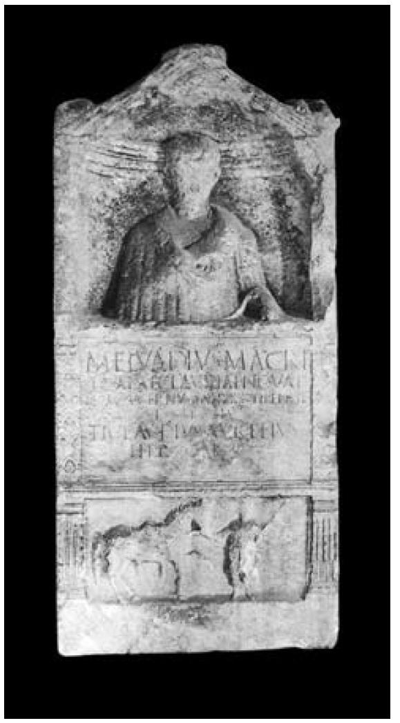 Portretna nadgrobna stela Marka Elvadija, konjanika. Sredina 1. st. posl. Krista. Split, Arheološki muzej.