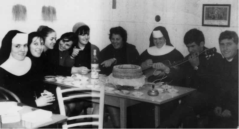 Sestre u Trilju, nakon 1966. (Župski arhiv Trilj)