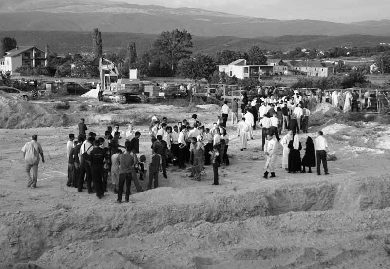 Početak gradnje crkve, 3. VI. 2005. (f. J. Dukić)