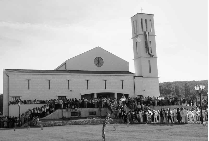 Posveta crkve, 15. VI. 2007. (f. J. Dukić)
