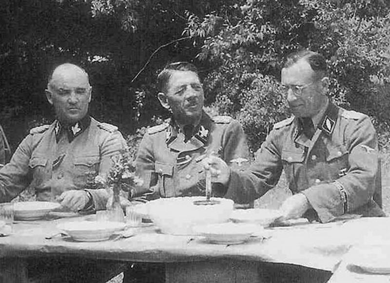 Von Oberkamp, Phelps i Schmidthuber