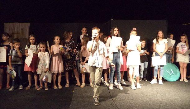 Josip Dukić pobjednik 9. festivala 'Mikrofon je vaš'